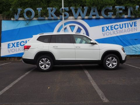 New 2019 Volkswagen Atlas SE W/TECH 4MOTION